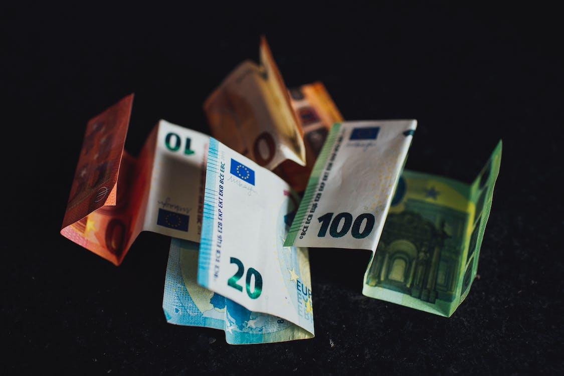 10, 10 euros, 100