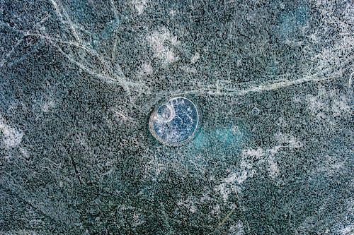 Foto profissional grátis de azul, bolha congelada, bolhas de ar, cristal de gelo