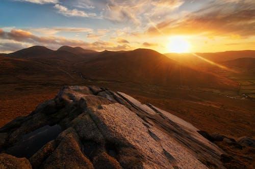 Fotos de stock gratuitas de gallina de la montaña, Irlanda, irlanda del norte, montañas