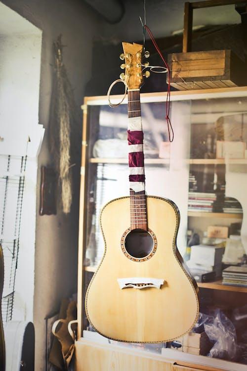 アコースティックギター, インドア, ギター, ハンドクラフトの無料の写真素材
