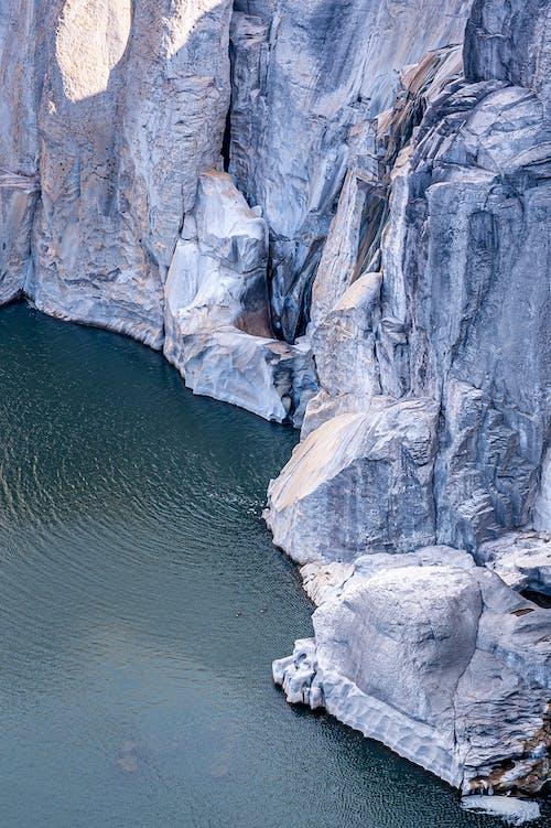 Fotos de stock gratuitas de acantilado, ártico, asombroso, áspero