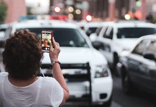Δωρεάν στοκ φωτογραφιών με selfie, αστικό τοπίο, αστικός, αστυνομία