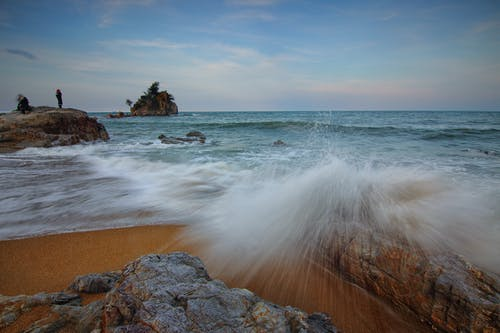 Бесплатное стоковое фото с буря, вечер, вода, волны