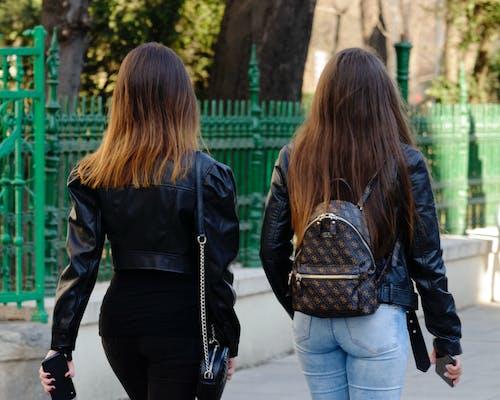 冬季, 年輕的女孩們, 時尚, 晴天 的 免費圖庫相片