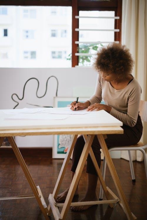 Kostenloses Stock Foto zu abbildung, arbeitsplatz, fähigkeit, fokus