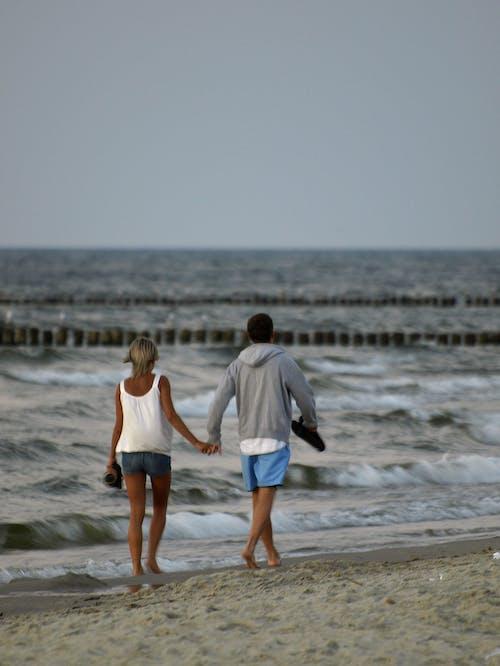 Free stock photo of Baltic Sea, couple in love