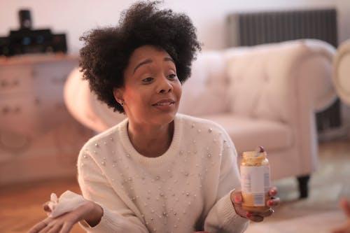 Gratis lagerfoto af afroamerikansk, afslapning, afslappet, ansigtsudtryk
