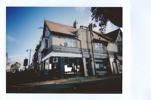 Бесплатное стоковое фото с polaroid, архитектура, бизнес, город