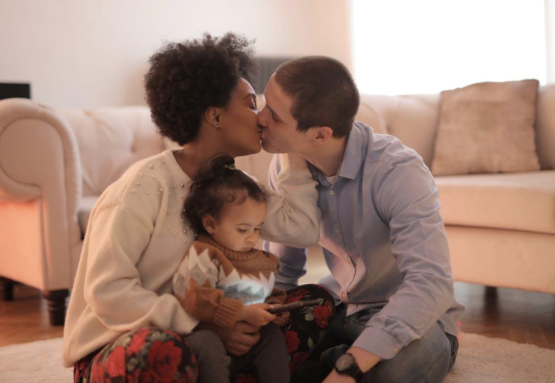 Δωρεάν στοκ φωτογραφιών με bonding, smartphone, αγάπη