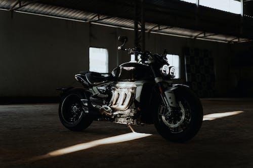Zwart En Zilver Kruiser Motorfiets