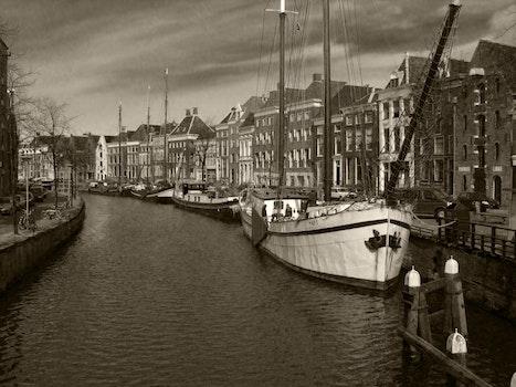 Free stock photo of boats, sailboats, canal, historical