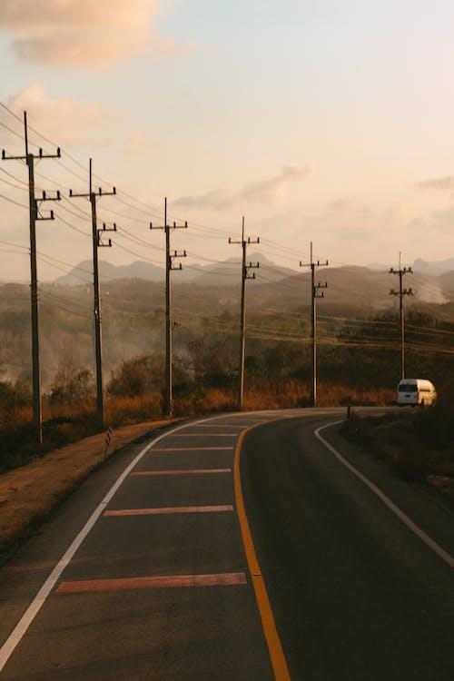 Fotos de stock gratuitas de amanecer, anochecer, carretera, conducir