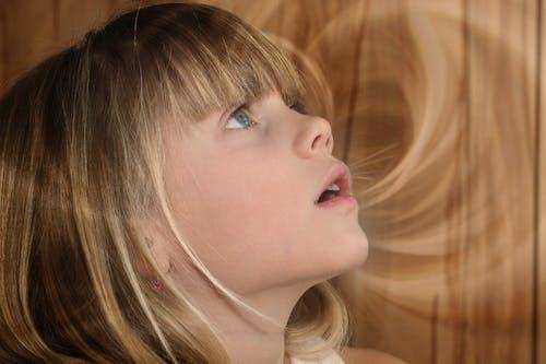 beyaz ırk, çocuk, çok sevimli, genç içeren Ücretsiz stok fotoğraf