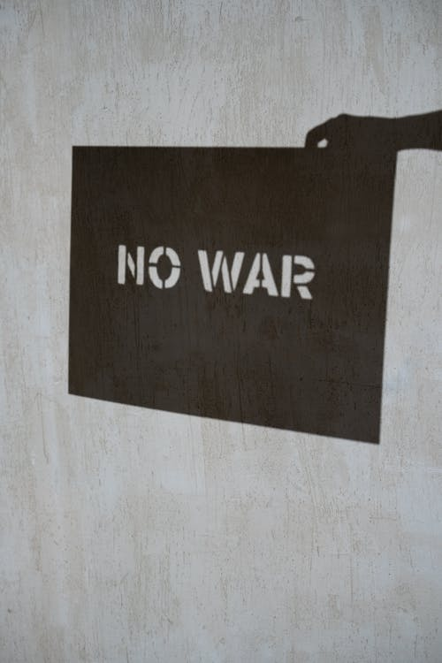 Black and White No War Text