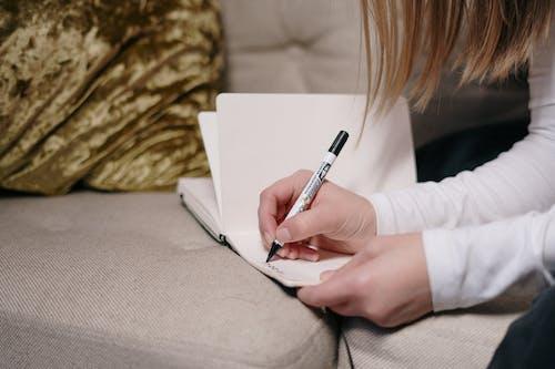 Δωρεάν στοκ φωτογραφιών με Γραφή, γράφω, έκθεση, σημειωματάριο
