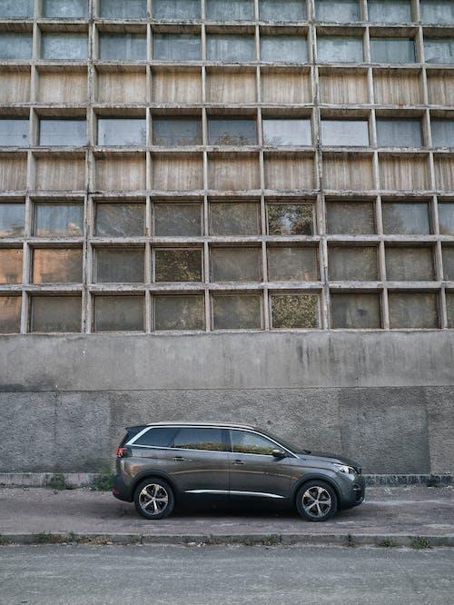 Kostnadsfri bild av arkitektur, betong, bil, bil-