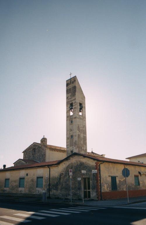 Foto d'estoc gratuïta de analògic, delapidat, edifici, edifici abandonat