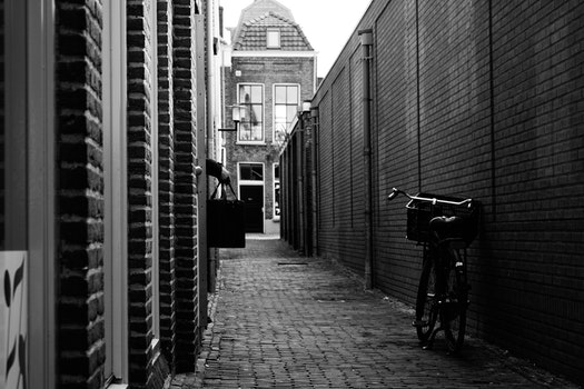 Free stock photo of black-and-white, street, building, alley