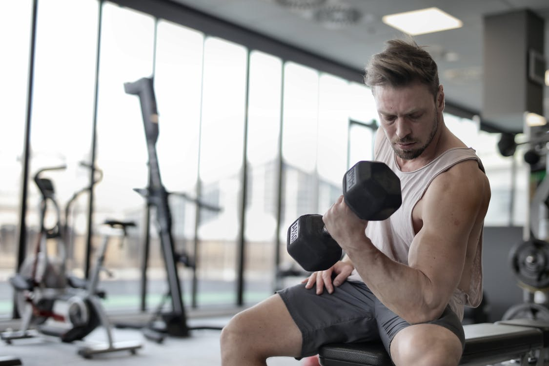 Fotobanka sbezplatnými fotkami na tému aktívny, biceps, činka
