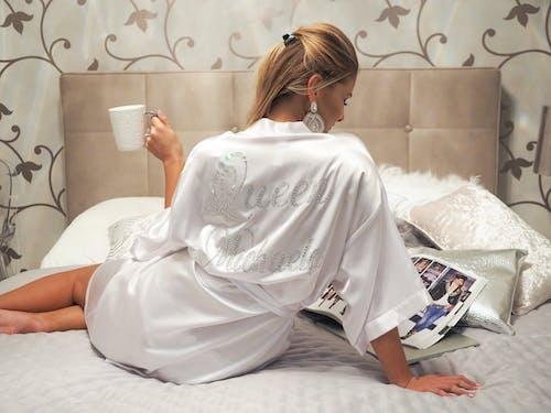 Photos gratuites de belle femme, blanc, content, dame