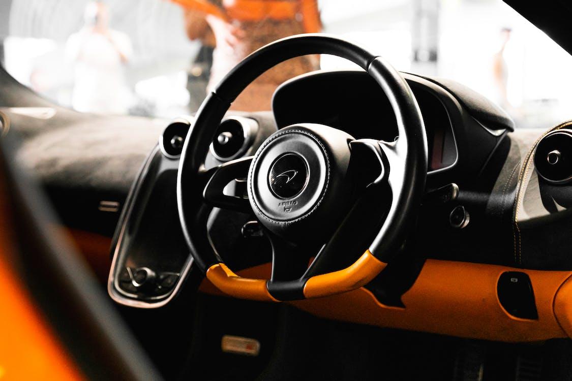 Бесплатное стоковое фото с Ferrari, Lamborghini, апельсин