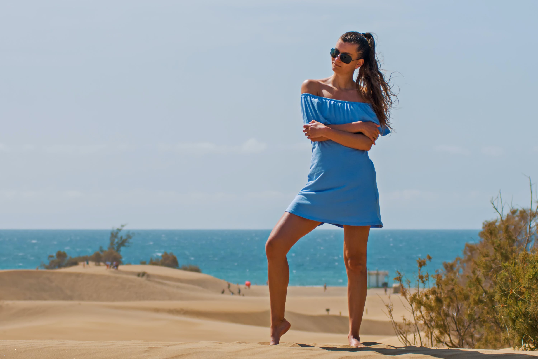 Foto d'estoc gratuïta de aigua, atractiu, dona, esbarjo