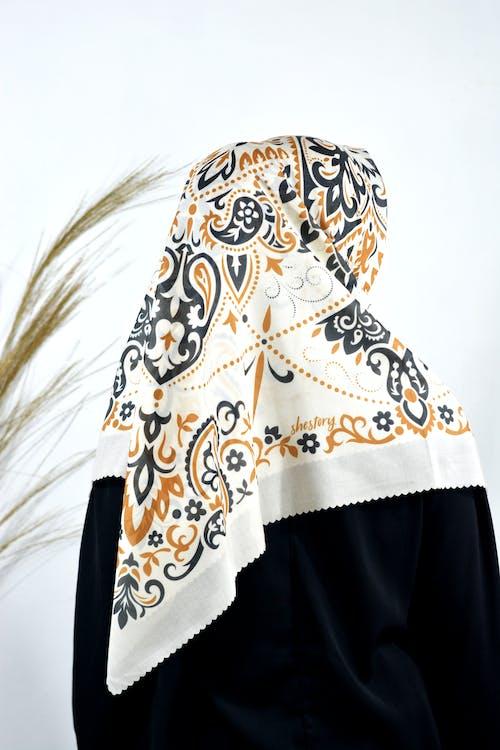 Foto d'estoc gratuïta de bonic, bufanda, color, disseny