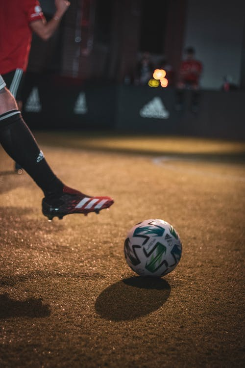 Foto stok gratis Adidas, lapangan sepak bola, sepak bola, sepatu bola