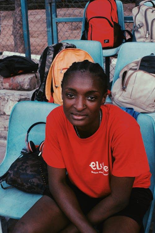 Безкоштовне стокове фото на тему «Африка, африканська жінка, баскетболіст, баскетбольний майданчик»