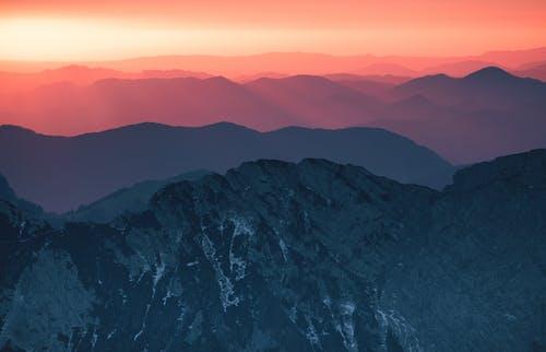 Berg Während Des Sonnenuntergangs