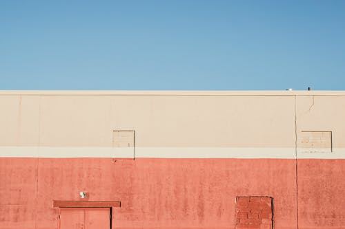 bina, kırmızı, rengarenk, renkli içeren Ücretsiz stok fotoğraf
