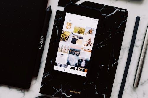 Kostnadsfri bild av anteckningsblock, anteckningsbok, app