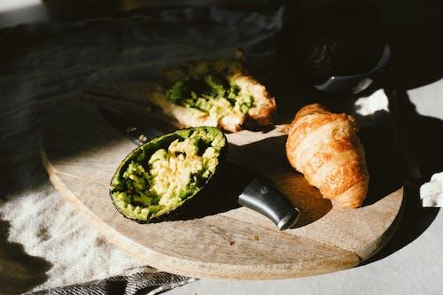 Avocado And Bread
