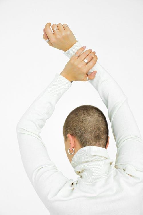 Imagine de stoc gratuită din alb, brațele ridicate, cercuri, fundal alb