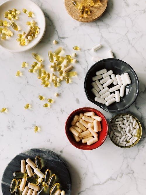 Ingyenes stockfotó antibiotikum, asztal, betegség témában