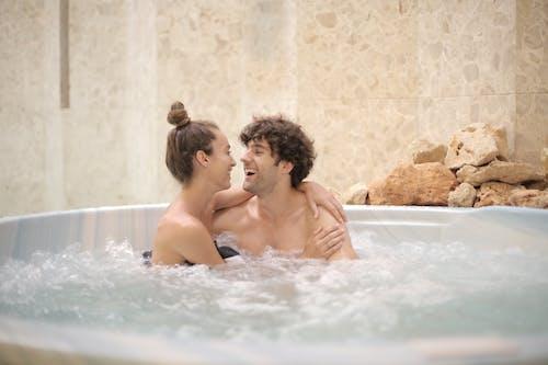 Fotobanka sbezplatnými fotkami na tému byť spolu, dvojica, láska
