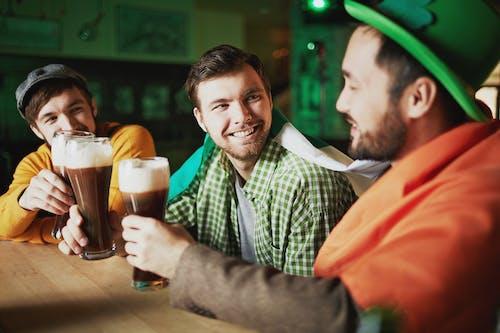 乾杯, 人, 人们微笑 的 免费素材图片