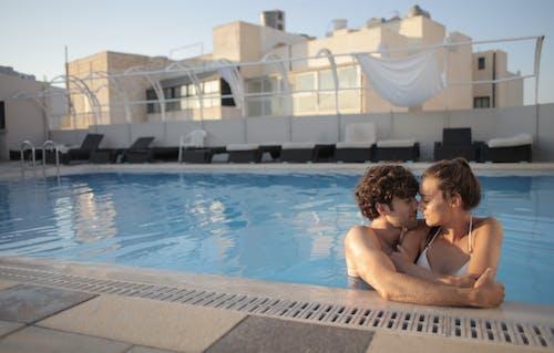 Kostenloses Stock Foto zu angenehm, ausruhen, badeanzug, badeort