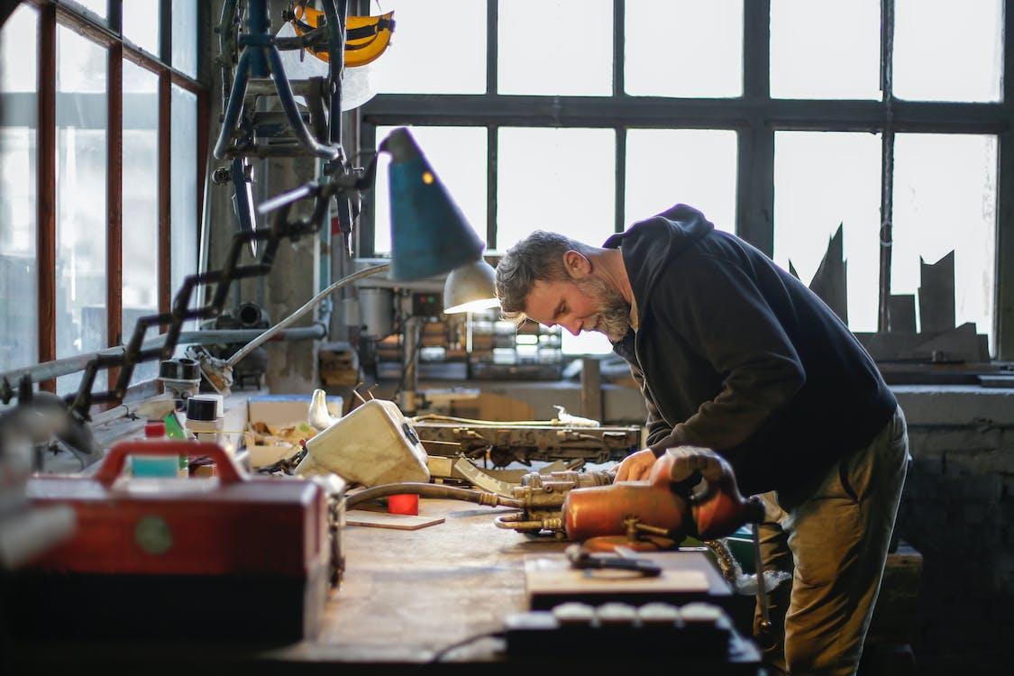 chương trình đề cử tỉnh bang Ontario mời các kỹ sư cơ khí tay nghề