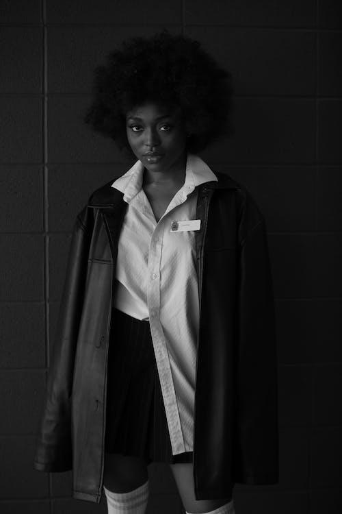 afrikalı-amerikalı kadın, Afro, bağımsız, bayan içeren Ücretsiz stok fotoğraf