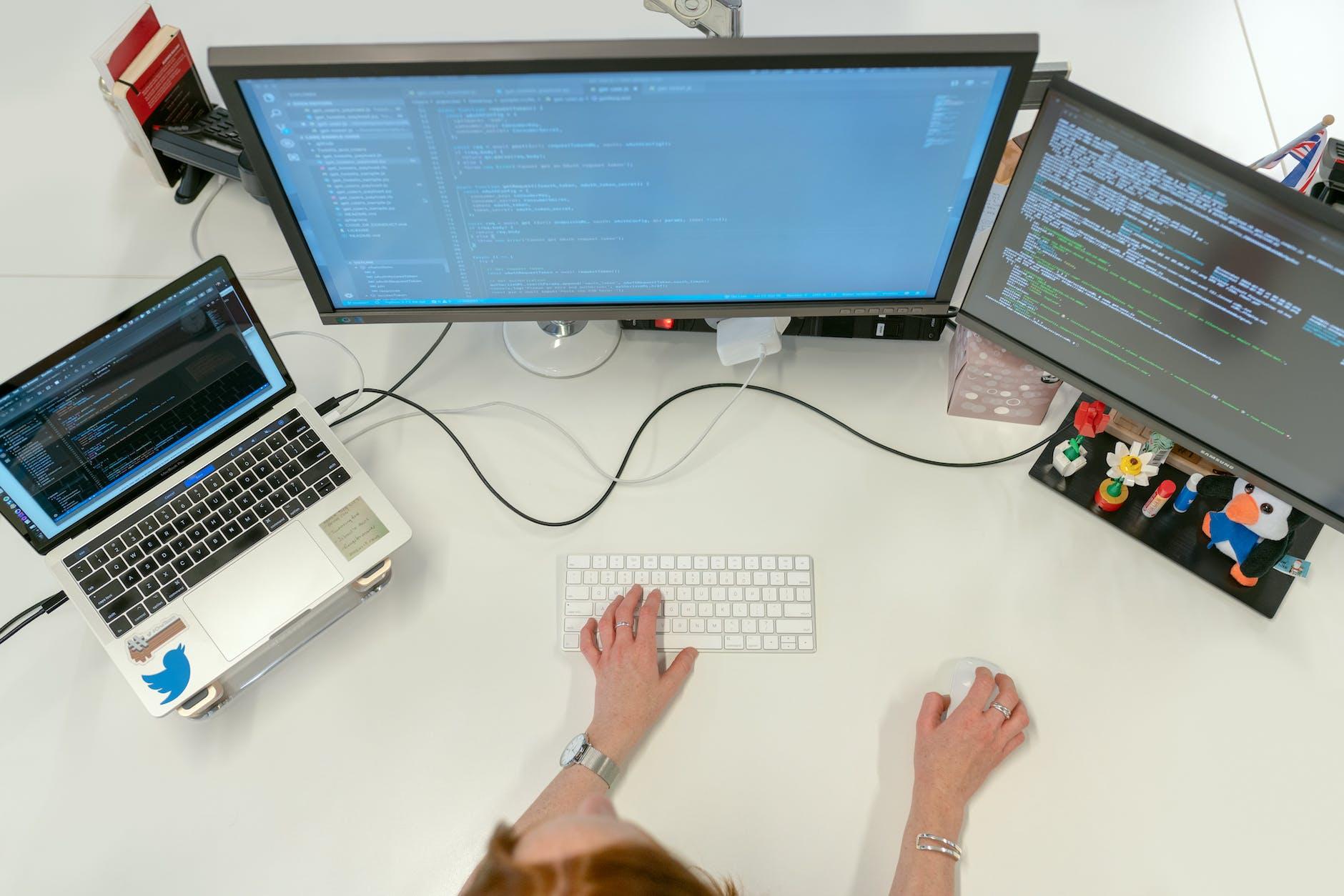 Egy online Python programozás tanfolyamon könnyen elsajátíthatod az egyik legsokoldalúbb programnyelv alapjait