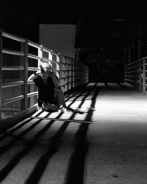 Imagine de stoc gratuită din cerșetor, fotografie de noapte, fotografie de stradă