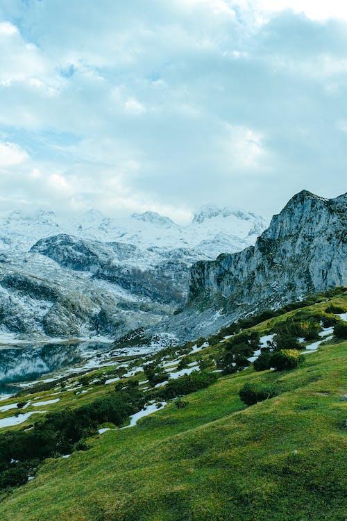 Foto d'estoc gratuïta de a l'aire lliure, exterior, muntanya