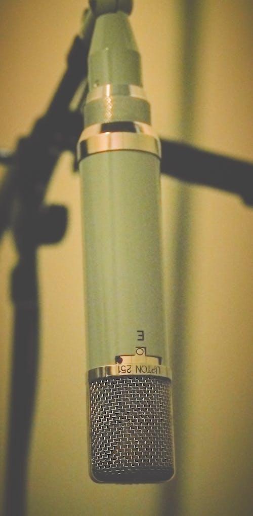 Foto d'estoc gratuïta de enregistrament de so, estudi de gravació, fotografia d'estudi, micròfon