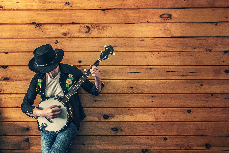 giocatore banjo, moda, muro