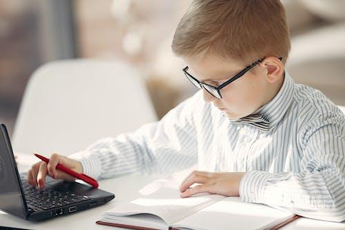 ajanda, akıllı, akıllı çocuk, amaç içeren Ücretsiz stok fotoğraf