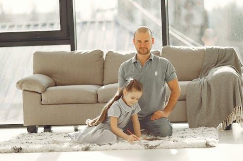 Základová fotografie zdarma na téma dcera, Den otců, dětství, domácí práce