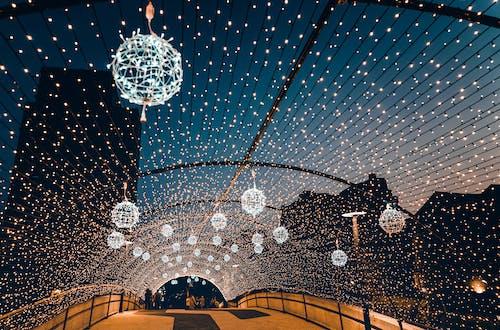橋, 燈串, 燈光, 燈火 的 免費圖庫相片