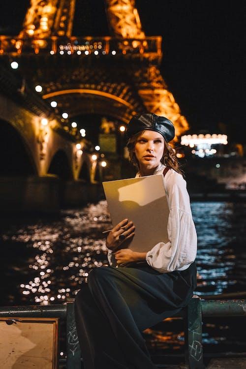Δωρεάν στοκ φωτογραφιών με βλέπω, Γαλλία, γυναίκα