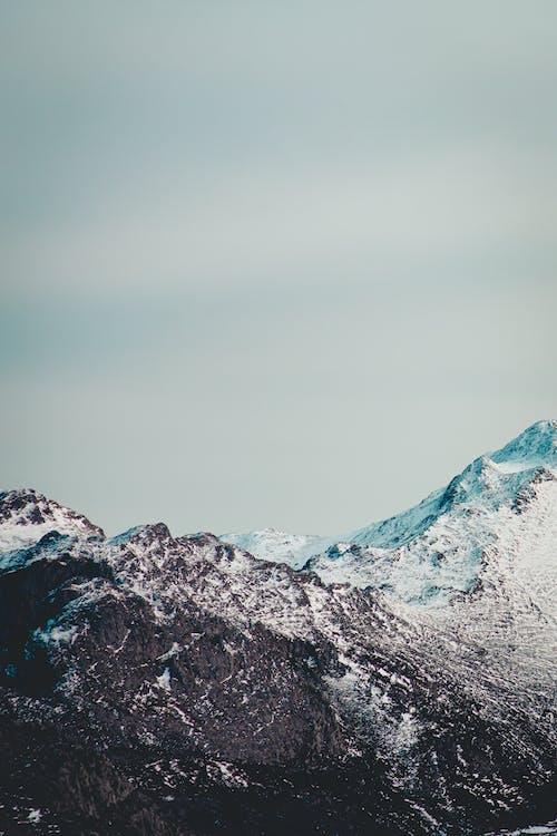 Gratis stockfoto met adembenemend, atmosfeer, berg, bewolkt